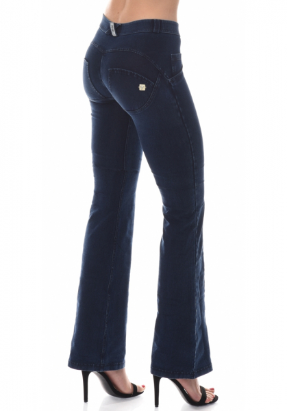 WR.UP® Denim Shaping Effect - Mid Waist Flare